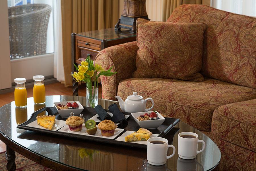 Breakfast, Grand Harbor Inn, Room Service